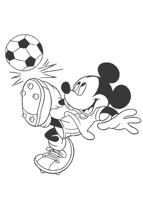 Coloriage Mickey Mouse jouant au football